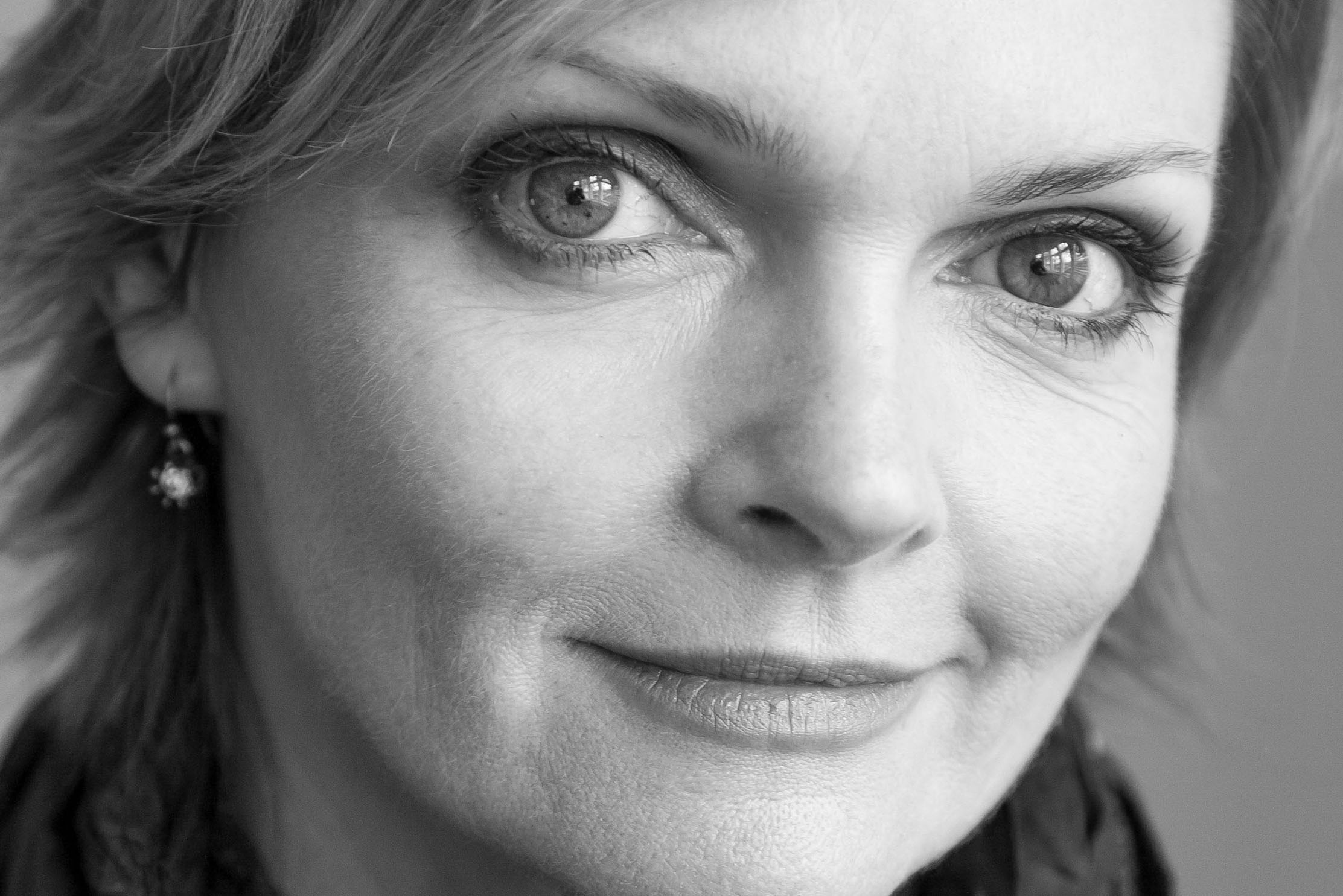 Sharon Small appears in The Prime of Miss Jean Brodie at Chichester Festival Theatre on Fri 29 May – Sat 20 June 2020