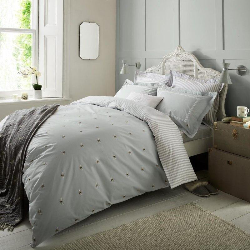 Sophie Allport Bee Bedding - Terrys Fabrics