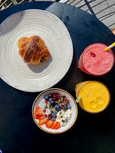 Ham and Gruyere Croissant by Tart + Chia Breakfast Bowl and 2x Fresh Juice' by Zest